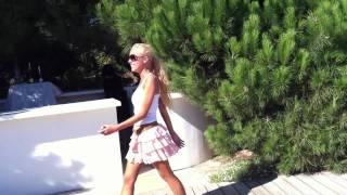 LILI гуляет по Saint-Tropez  ТРЭШ!