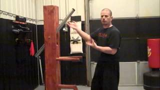 Choy Lay Fut Complete Combat Theory- Using The Wooden Dummy