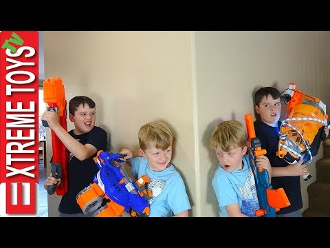 Sneak Attack Squad Nerf Battle Vs. Wild Clones!