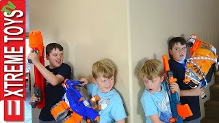 Clone Machine Accident! Sneak Attack Squad Nerf Battle Vs. Wild Clones!