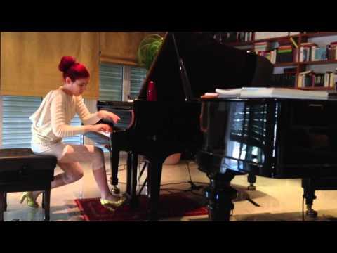 Cassandra Wyss spielt den 2. Satz des 2. Klavierkonzerts von S. Rachmaninov
