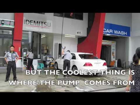 A japanese petrol station is more like a formula 1 pitstop. GUMJOY