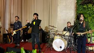 d'Masiv - Rindu Setengah Mati (Live)