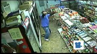 Market robbery shootout in Tennessee