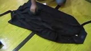 Kendo How-To: fold hakama