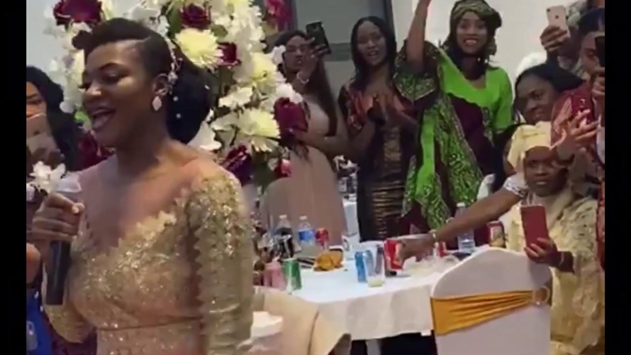 Download Darina victry laisse moi t'aimer meilleure chanson à chanter à votre conjoint lors de votre mariage
