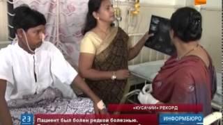 Индийские врачи провели  операцию по удалению более 200 зубов(Индийские врачи провели уникальную операцию по удалению более 200 зубов. 17-летний подросток был болен редчай..., 2014-07-25T15:21:06.000Z)
