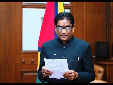 GUYANA'S NEW HIGH COMMISSIONER TO INDIA PRESENTS LETTERS OF CREDENCE