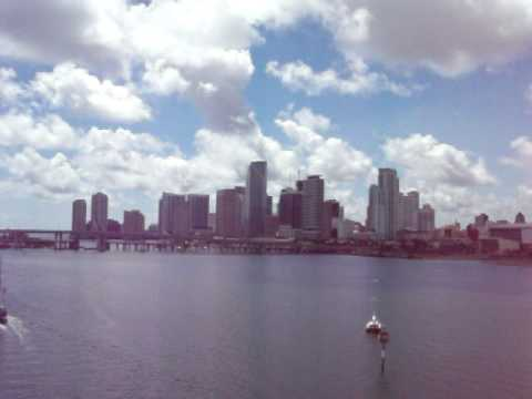 EPOCALYPSE SHOWS MIAMI SKYLINE