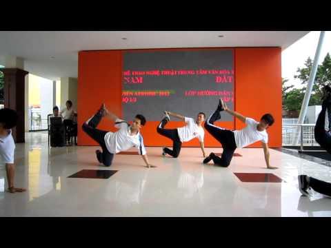 Lớp hướng dẫn viên aerobic 1/3 năm 2012 - trung tâm Đất Nam - nhóm 7