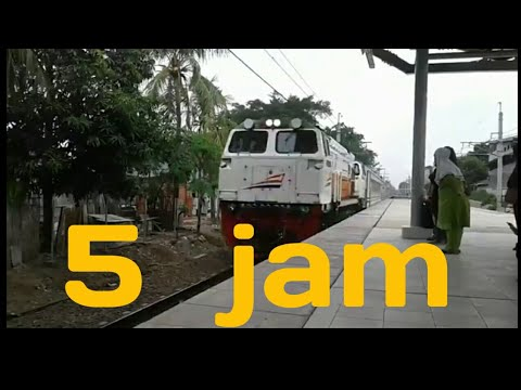 KRL Cikarang 5 jam dari cikarang ke stasiun Jakarta Kota pengalamanku