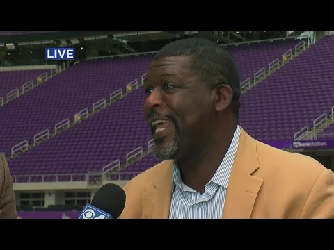 Minnesota Athletes Hit U.S. Bank Stadium For ACES Event