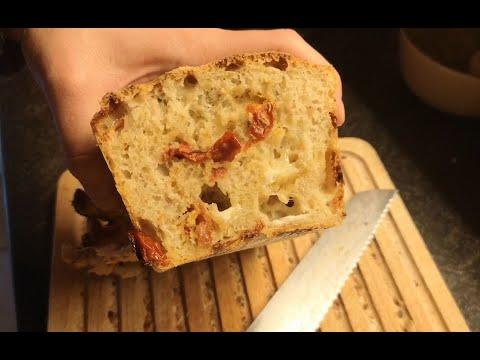 j12-:-cake-mozzarella-tomates-séchées-sans-oeufs
