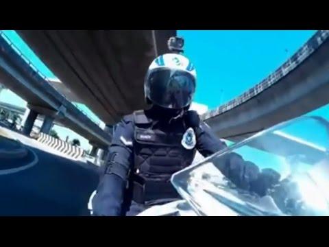Polis URB Diraja Malaysia Beraksi Dengan Motor Berkuasa Tinggi - Kehidupan Polis URB