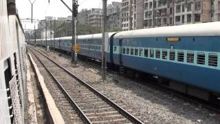 [IRFCA] Overtaking 11059 Chhapra Express hauled By WCAM-3 On 5th Line!!!!!!!!