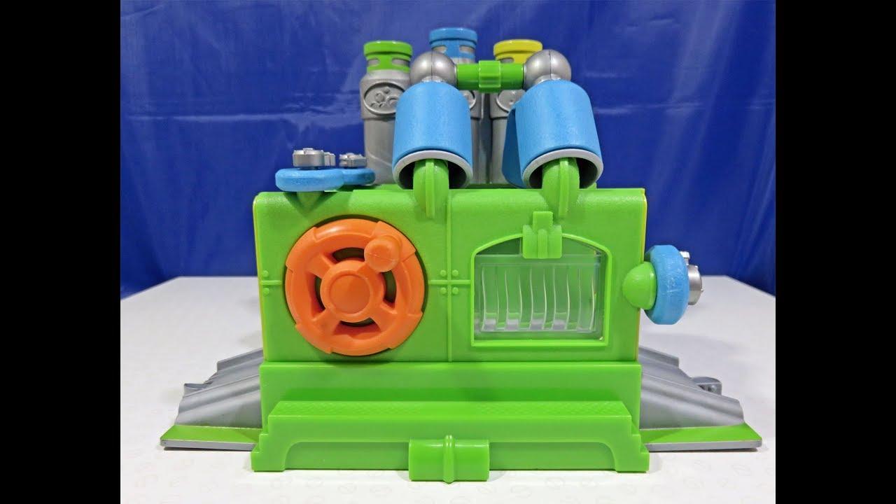 Chuggington Interactive Railway Wash & Fuel Set – A ... |Chuggington Train Wash