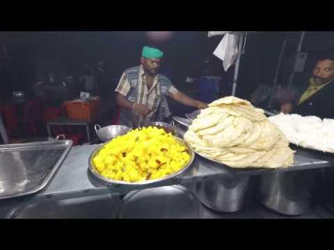 Indian Food. Indian Street Food. Kerala Lacha Paratha. Indian Cooking. Munnar. Kerala
