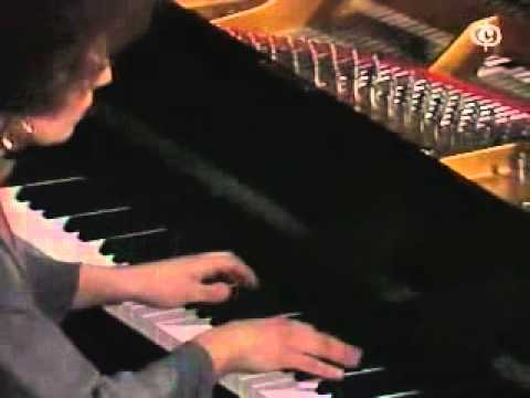 Maria Joao Pires plays Chopin Fantasia op.49