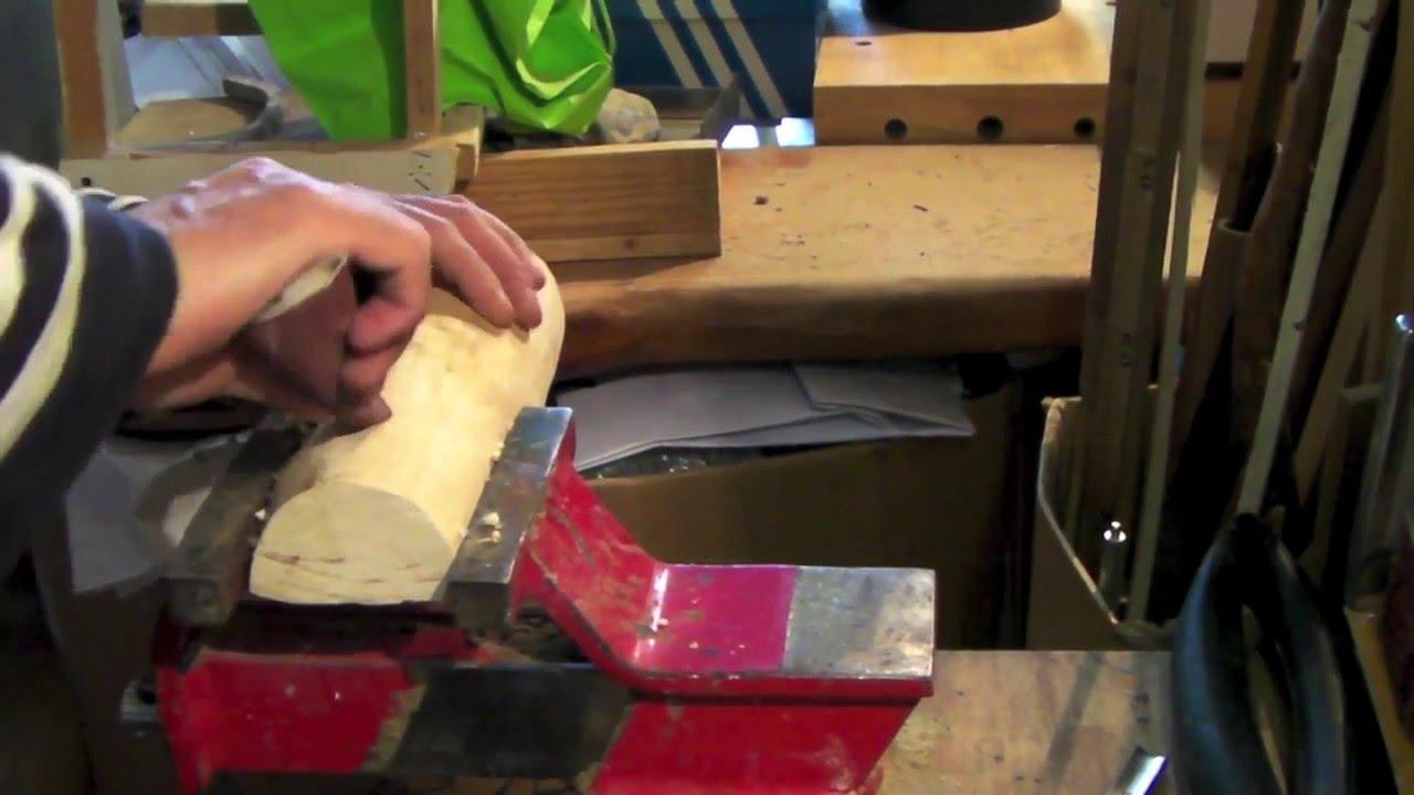 Attrezzi utili al fai da te la sgorbia per legno youtube for Spranga per porta fai da te