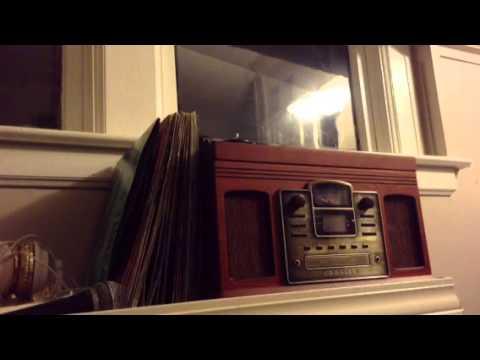 Genrefree - The Underworld (lyrics video)
