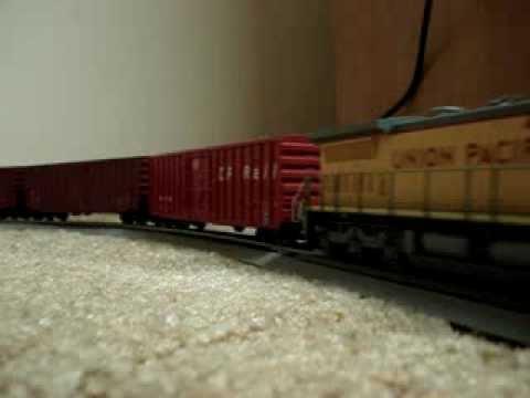 Union Pacific Railroad HO Scale Dash 8