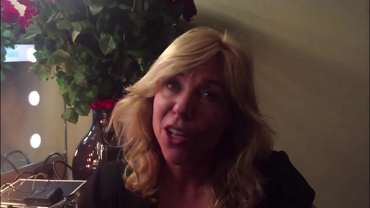 Claudia De Breij De Oudejaars Unicef Youtube