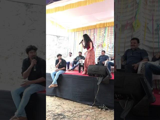 Gayathri suresh singing song