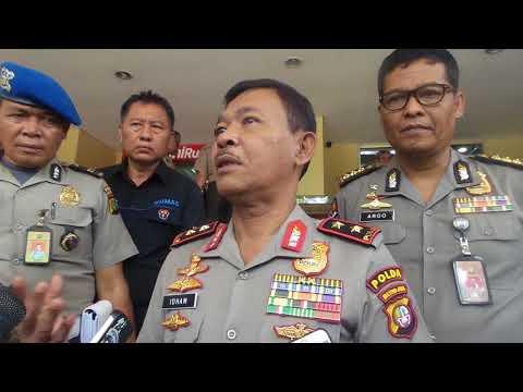 Kapolda Metro Jaya Irjen Pol Idham Azis mengajak...