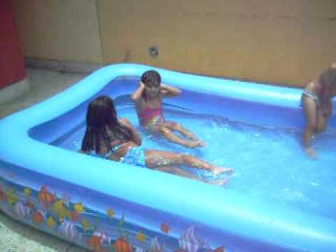 Nana 2010 097 mpg doovi - Lucia la piedra piscina ...