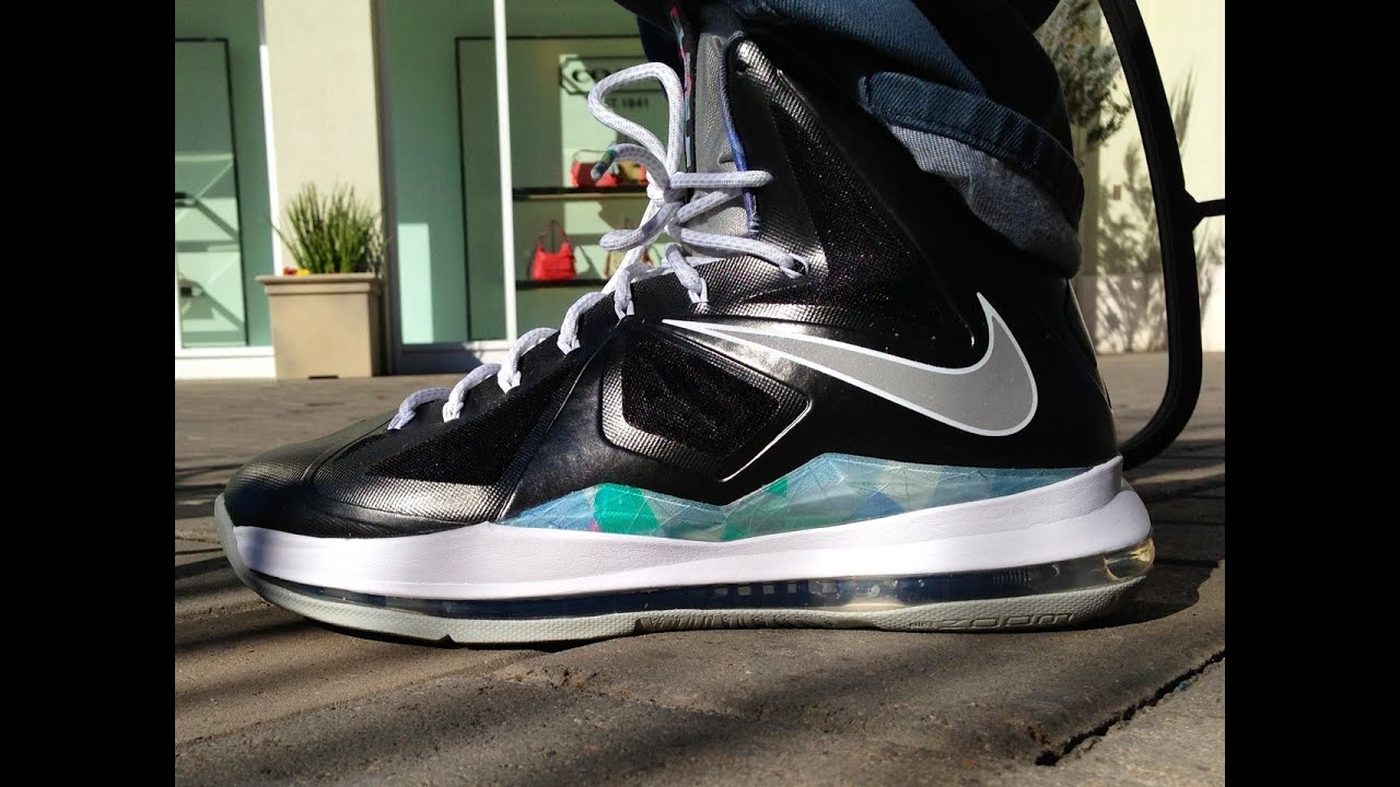 more photos a4b5f f94dd Nike Lebron X