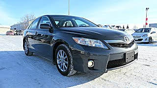 2011 Toyota Camry XLE Hybrid Review