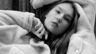 Model in town Irina