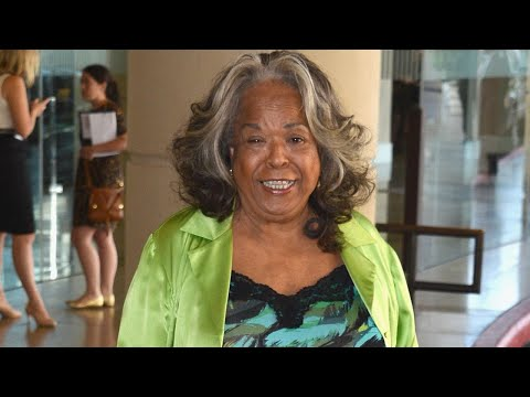 'Touched By An Angel' Actress Della Reese Has Died at 86