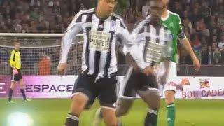 Ronaldo No Look Pass ( Ronaldo & Zinedine Zidane vs Saint Etienne All Stars ) 2015