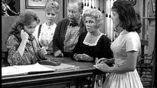 Petticoat Junction A NIGHT AT THE HOOTERVILLE HILTON