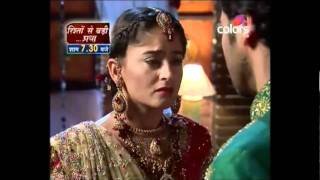 Dutta scene273 - Naku tells the truth about her colour to Dutta at the wedding night