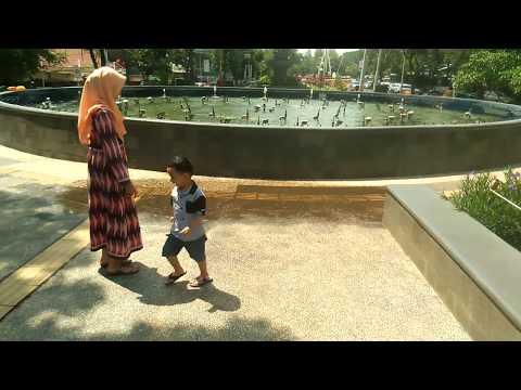 review-taman-indonesia-kaya-semarang-ada-air-mancur-menari-nya-(dulunya-taman-kb-dekat-simpang-lima)