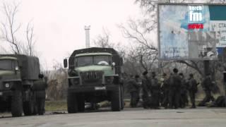 На паромную перепаву заезжает российская военная техника