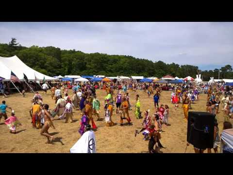 Mashpee Wampanoag Tribe powwow 2016 Intertribal dance