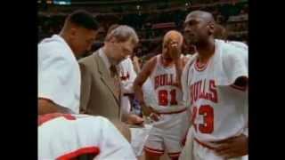 Repeat youtube video Michael Jordan las 40 Mejores Jugadas