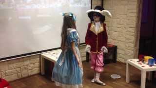 """""""Алиса в стране чудес"""" -встреча Алисы с Кроликом."""