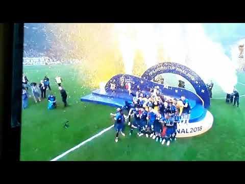 Finał Mistrzostw Świata Moment Podniesienia Pucharu Przez Francje