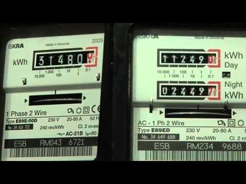 How To Read A Domestic Rotating Disc Meter Youtube