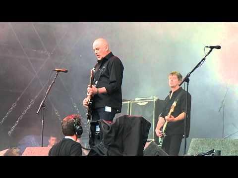 V Festival 2012 The Stranglers - Golden Brown (Live)
