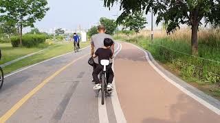 자전거 발 받침대