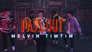 """""""Pass Out"""" 