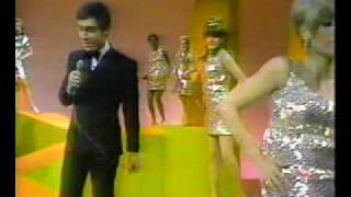 Johnny Rivers - Baby I need your lovin.mpg