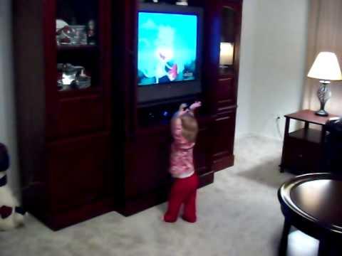 Emma catching Dora's stars