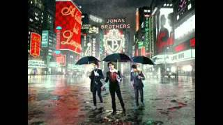 [2.72 MB] 01. BB Good - Jonas Brothers [A Little Bit Longer]
