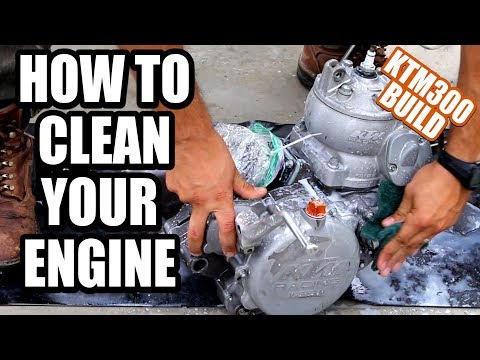 KTM 300 build part 6 - How to clean dirt bike engine, getting ready to ship it to Eric Gorr